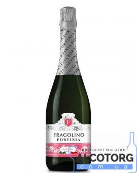 Напій на основі вина Фраголіно Россо