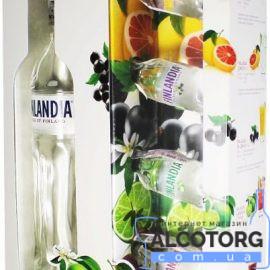 Горілка Фінляндія + 4 Мініатюри Журавлина Лайм Чорна смородина Грейпфрут в коробці, Finlandia + 4 Minis Cranberry Lime Blackcurrant Grapefruit gift box 0,7 л.