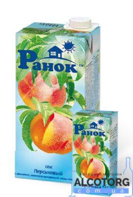 Сік персиковий з м'якоттю Ранок 1 л. Сок персиковый с мякотью Ранок 1 л. alcotorg.com.ua