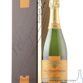 Шампанське Вдова Кліко Брют Вінтаж в коробці, Veuve Clicquot Vintage 2004 0,75 л.