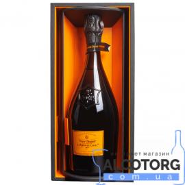 Шампанське Вдова Кліко Ла Гранд Дам в коробці біле