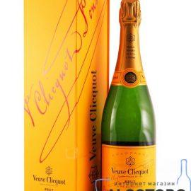 Шампанське Вдова Кліко Брют в коробці біле
