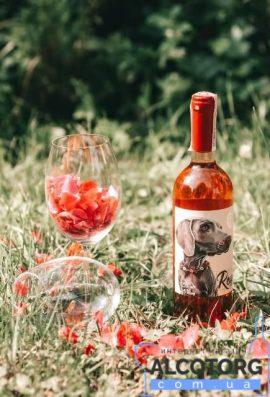 Вино Розе напівсолодке рожеве Дог Смайл Котнар, Rose Dog Smile Cotnar 0,75 л.