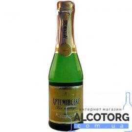 Вино ігристе Артемівське Біле напівсухе, Artemovskoye semi dry 0,2 л.
