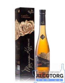 Вино Троянда Карпат біле десертне Чизай 0,5 л.