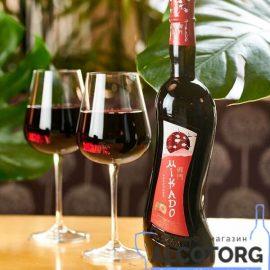 Вино Мікадо Полуниця Червоне солодке, Mikado 0,7 л.