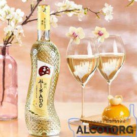 Вино Мікадо Біла Слива Біле солодке, Mikado 0,7 л.
