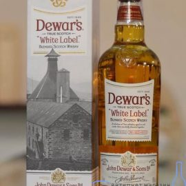 Віскі Дьюар'с Уайт Лейбл в коробці, Dewar's White Label 1 л.