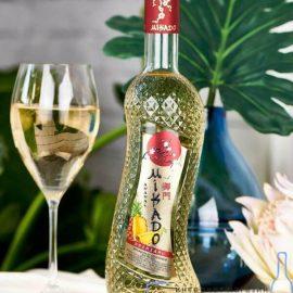 Вино Мікадо Ананас Біле солодке, Mikado 0,7 л.